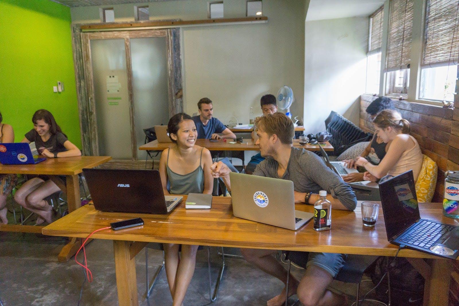 Coding nomads grads 2